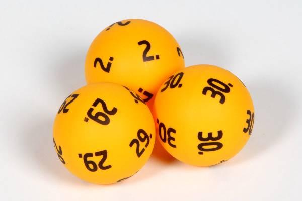 neljä oikein lotossa