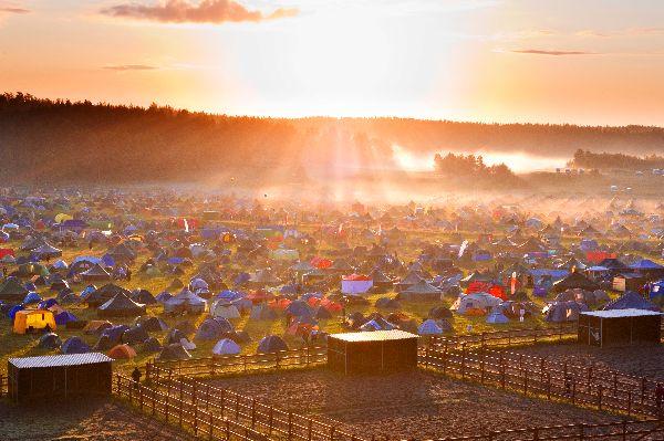 Virolahden Jukola-viestin telttakylä vuonna 2011.