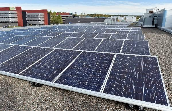 Salossa on avautumassa uusia työpaikkoja muun muassa aurinkopaneelialalla.