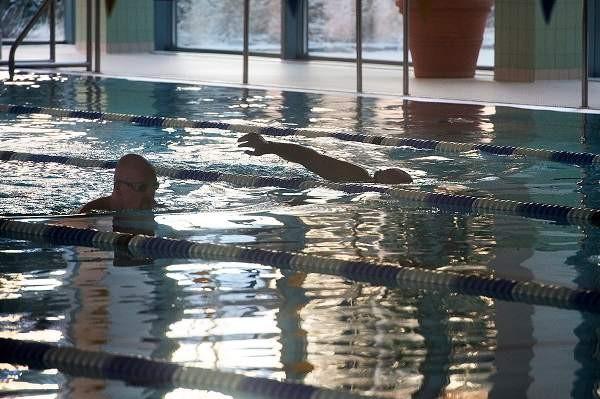 Eläkeläisiä on Salon uimahallin kokonaiskävijävirrasta jo yli neljännes. Kuva: SSS/Minna Määttänen