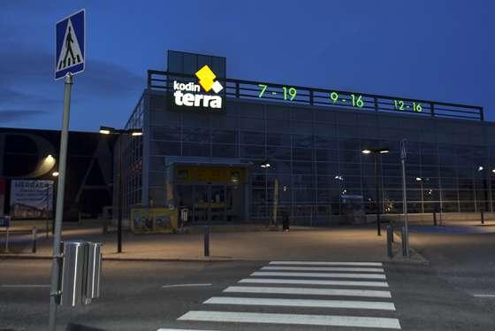 Kodin Terra aloitti toimintansa vuonna 2008. Tämän jälkeen Saloa on koetellut valtava rakennemuutos.