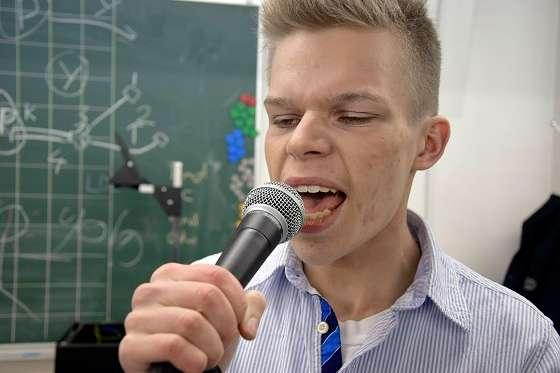 6G:n laulaja Matias Haikonen.