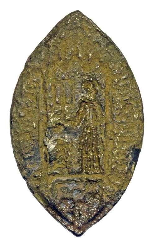 Syytetty lähetti sähköpostilla kuvia 1300-luvun sinettileimasimesta, jonka hän sanoo löytäneensä Salosta. Esineen alkuperää ei ole voitu varmentaa.
