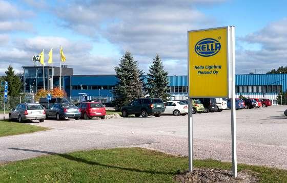 Tuotanto tehostuu Romaniassa, R&D:n, myynnin sekä tuotehallinnan merkitys Suomessa jatkuu merkittävänä, toteaa Hella-konsernin viestintäjohtaja Markus Richter.