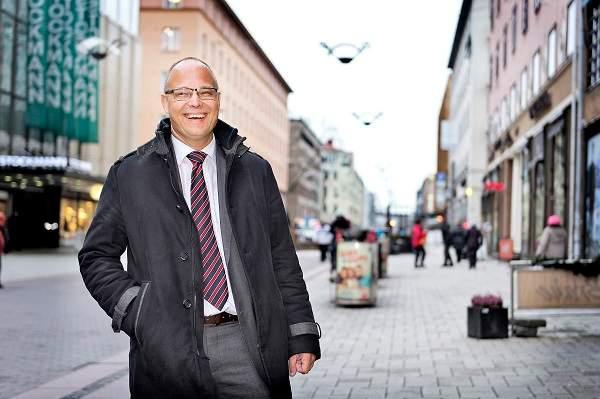Antti Parpo Turussa Yliopistonkadulla. KUva: TS/Marttiina Sairanen.