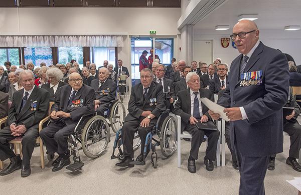 Suomen Sotaveteraaniliiton puheenjohtaja Erkki Heikkinen puhui Suomi 100 vuotta - Kiitos veteraanit -tilaisuudessa tiistaina Naarilan Leirikeskuksessa Salossa.