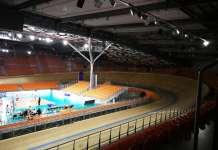 Torstain ottelu pelataan massiivisella, palloiluotteluissa runsaat 6 000 katsojaa vetävässä Kolodruma-hallissa. Velodromi mahdollistaa myös pyöräilytapahtumat. (Kuva: LP Salo)