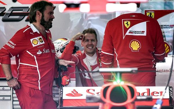 Sebastian Vettel on edelleen mukana maailmanmestaruustaistelussa.