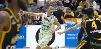 Mikko Koivisto palasi varsin hyvällä menestyksellä pelikentille.