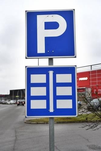 Parkkipaikka Liikennemerkki